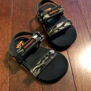 Quicksilver sandals 🐊